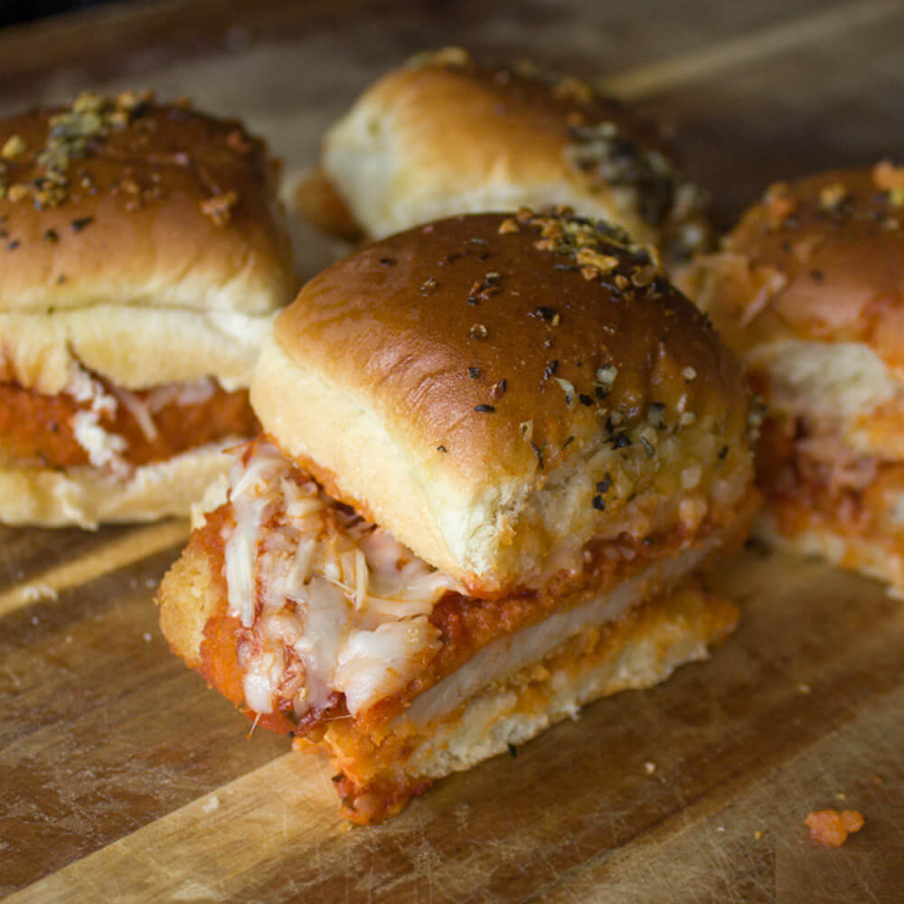 Baked Chicken Parmesan Sliders from Dishes & Dust Bunnies