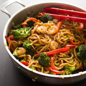 Ginger and Garlic Shrimp Noodle Stir Fry