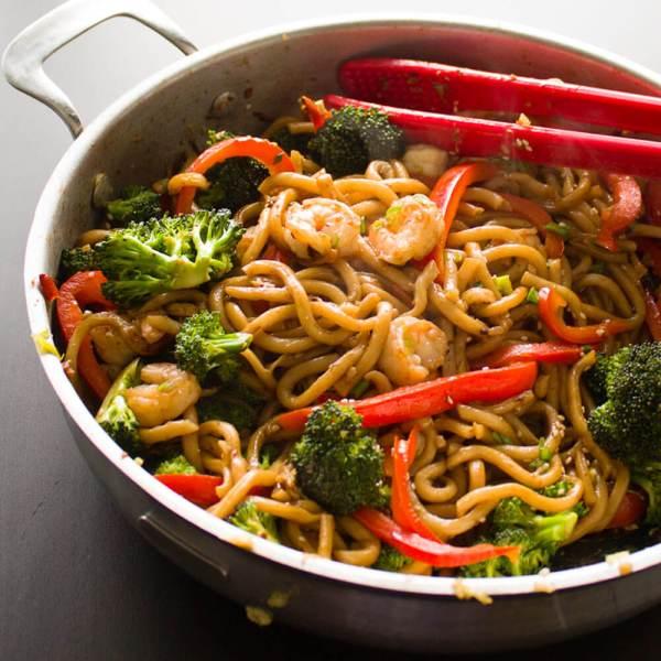 Ginger and Garlic Shrimp Noodle Stir Fry