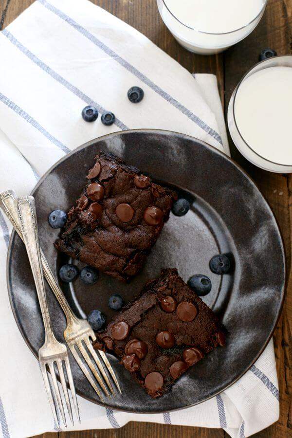 One Bowl Blueberry Brownies from Melanie Makes