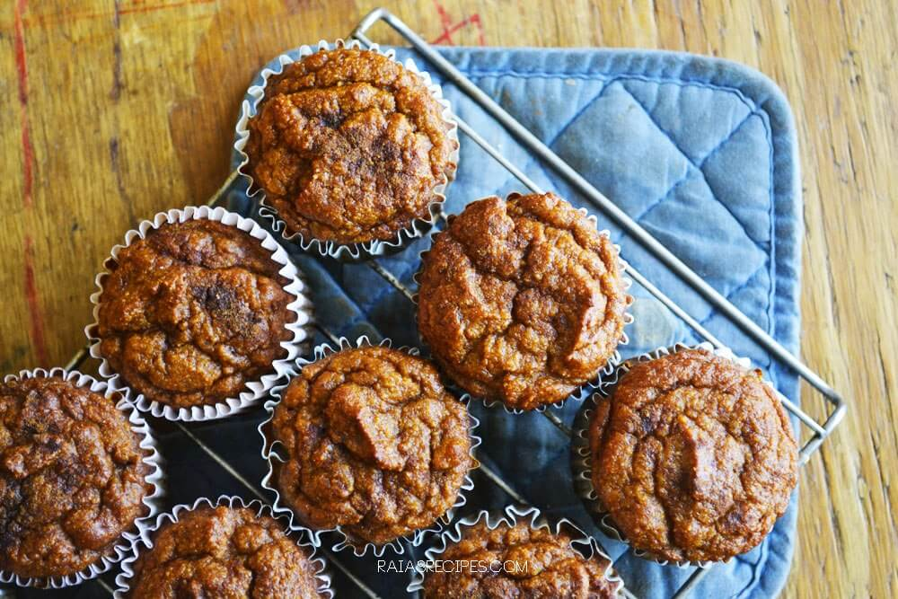 Pumpkin Spice Muffins from Raia's Recipes