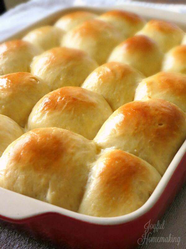 Soft Sweet Dinner Rolls from Joyful Homemaking