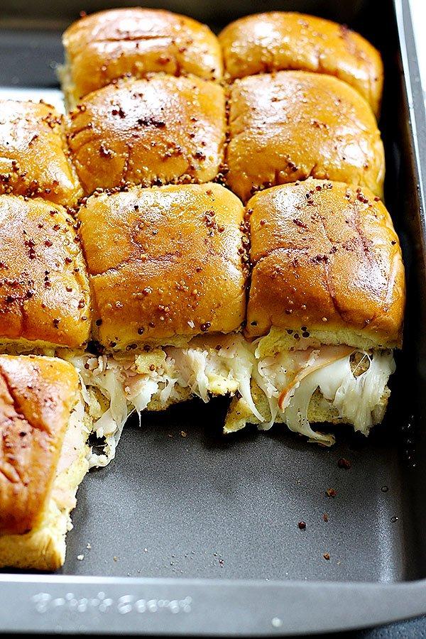 5-ingredient Turkey Sliders from Unicorns in the Kitchen