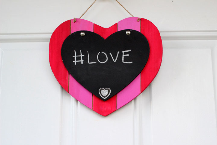 Valentine's Day Chalkboard Decoration from Pretty in Pigment