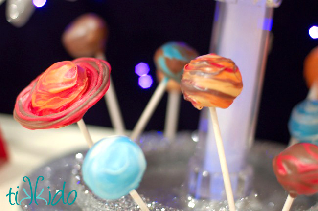 How to Make Planet Pops from Tikkido