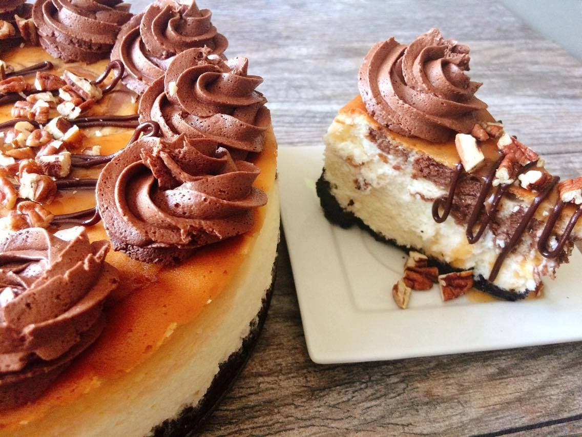 Caramel Pecan Turtle Cheesecake from The Mommy Mouse Clubhouse