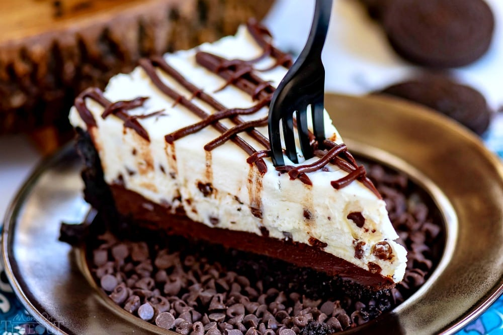 Chocolate Chip No Bake Cheesecake from Mom on Timeout
