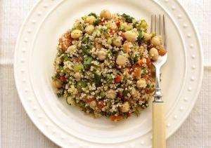 Tuna and quinoa on chick pea salad