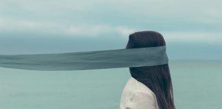 La mujer: modernidad, superstición y sometimiento