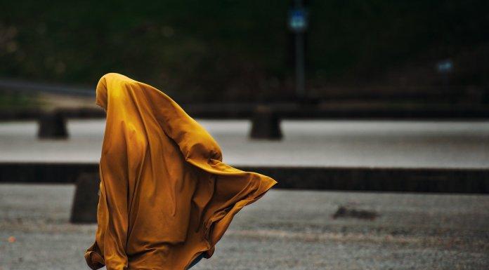 El uso del hiyab es, en demasiados casos, impuesto