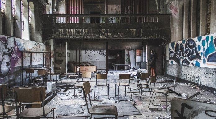 De las humanidades, la filosofía y sus apologetas