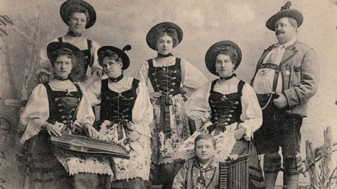 black and white photo of several women in Dirndls