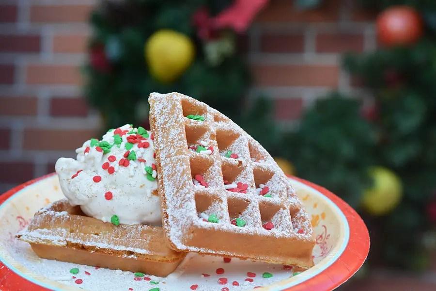 7 Must Eat Holiday Treats at Walt Disney World