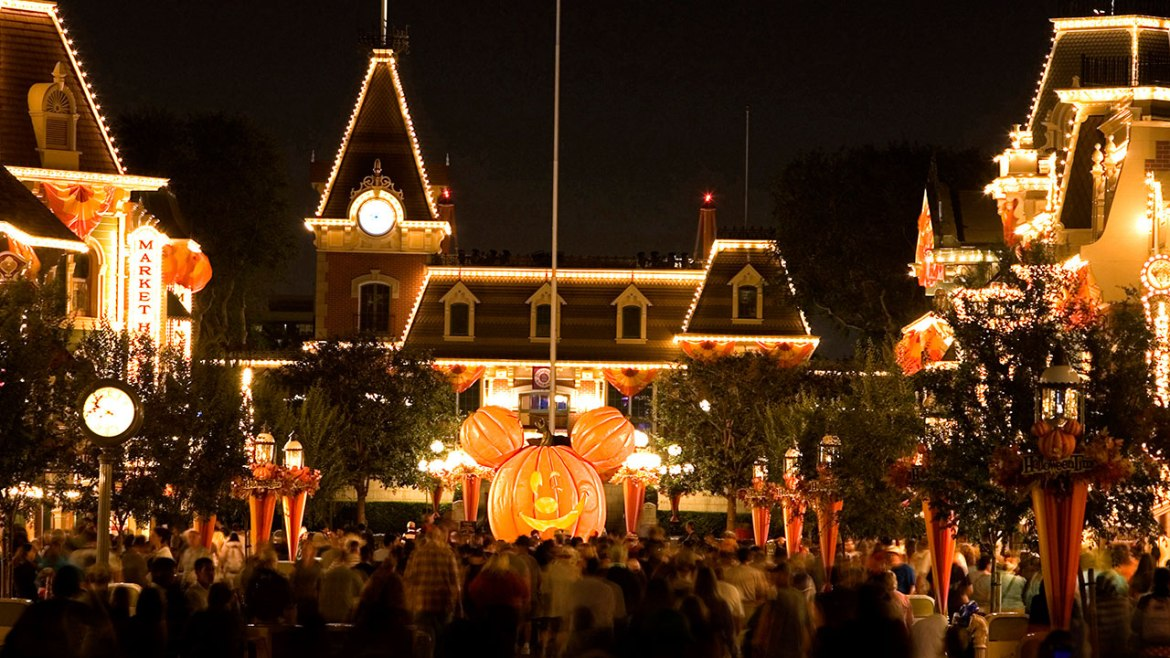 10 Reasons Why We Can't Wait For Mickey's Halloween Party at Disneyland
