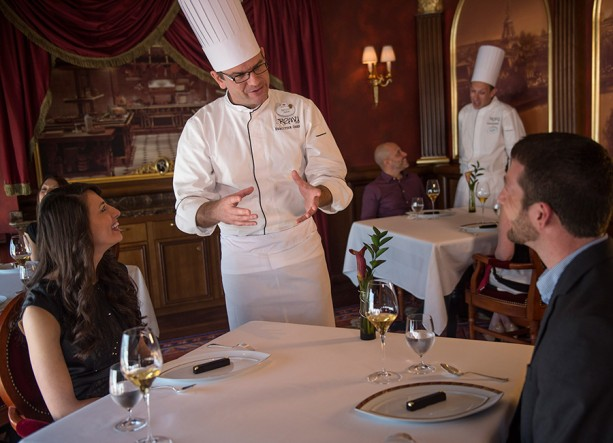 7 Tips for Dining on the Disney Dream