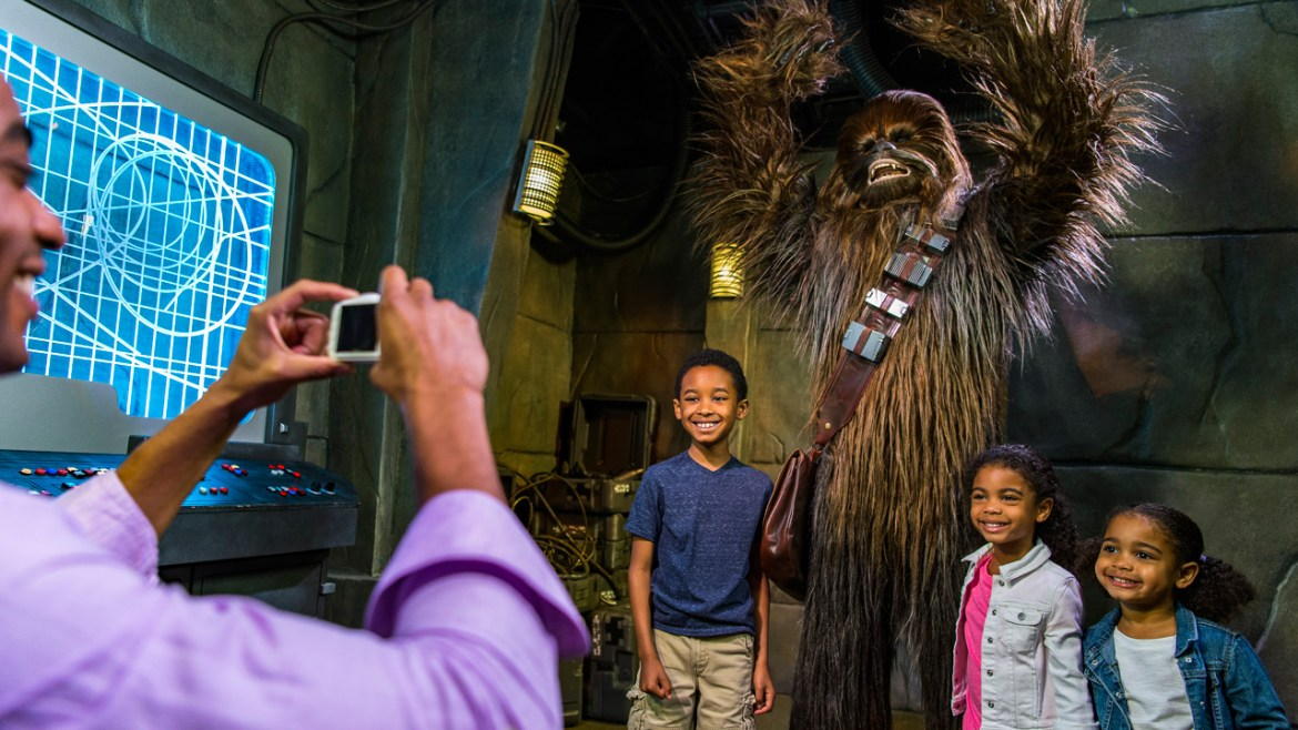 8 Characters You Can Only Meet at Hollywood Studios