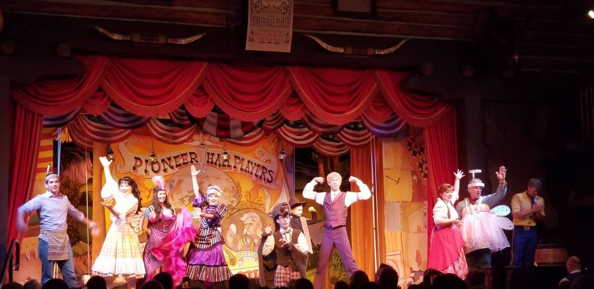 6 Reasons Why We Think You'll Love the Hoop-Dee-Doo Musical Revue