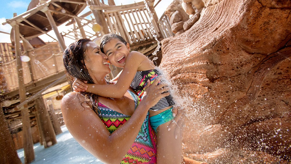 5 Amazing Ways to Celebrate Mom This May at Aulani, a Disney Resort and Spa