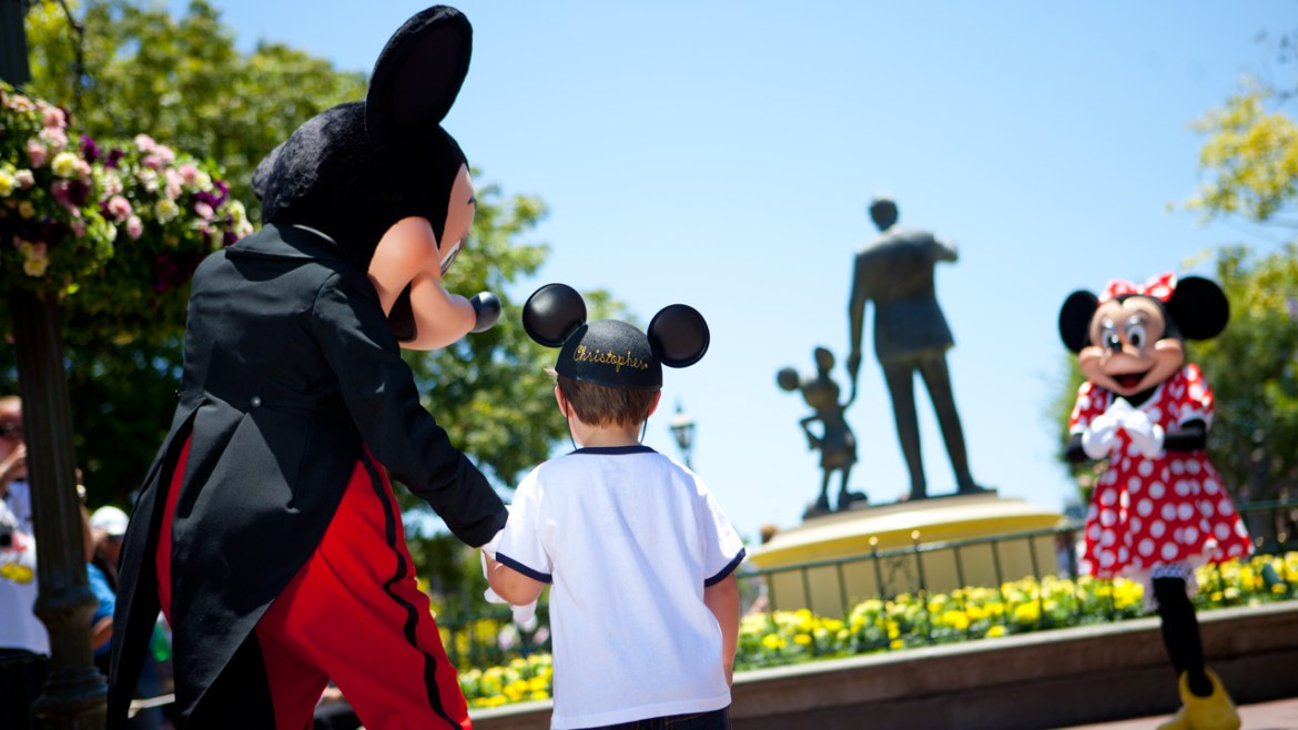 6 Ways to Celebrate A Special Birthday at Disneyland Resort