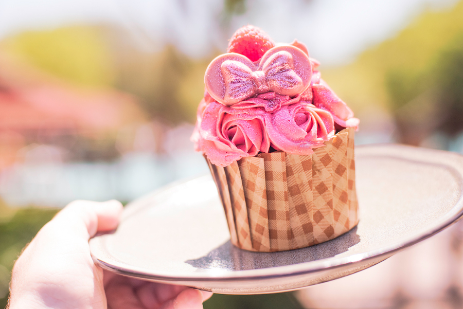 10 Incredible Millennial Pink Treats Now Available at Walt Disney World Resort