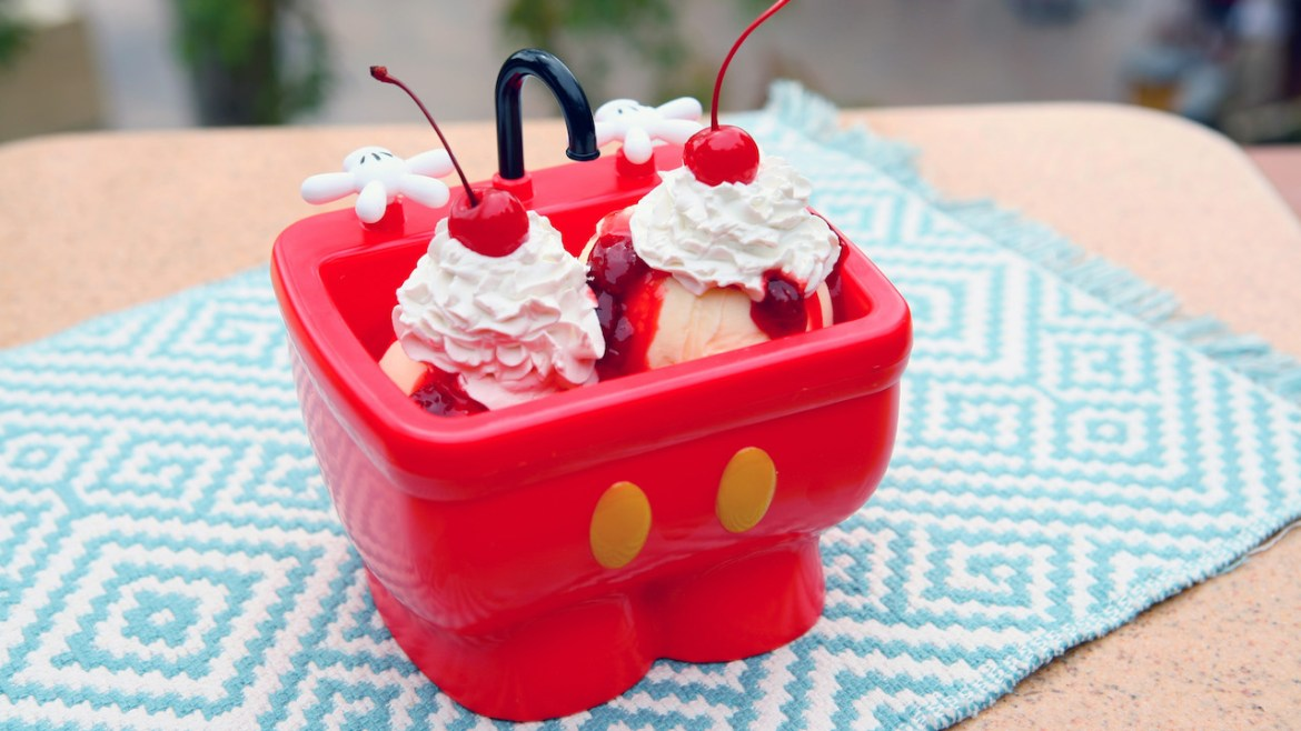 Cool Off at Magic Kingdom With These 5 Delicious Frozen Treats