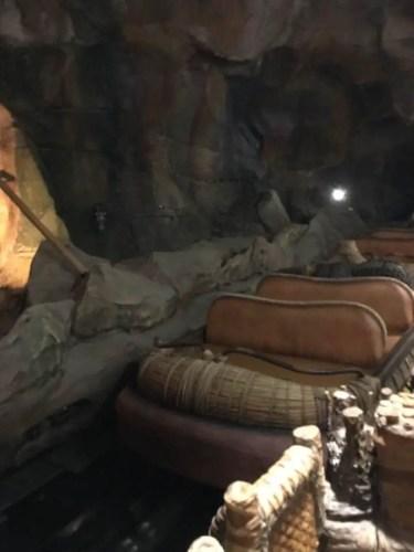 na'vi river journey empty ride vehicle