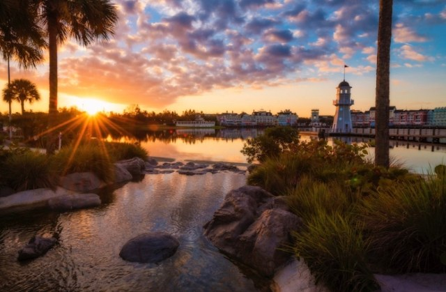 Can I visit a Disney resort without staying there