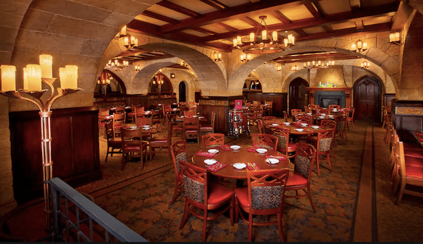 You Can Now Use Mobile Check-In At These Disney Restaurants 1