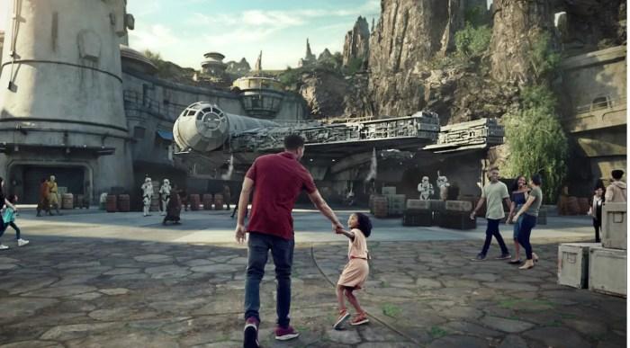 Star Wars Galaxy's Edge Five Reasons June Disneyland Resort