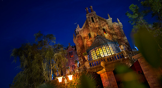 Top WDW Attractions To Hide Out From The Florida Rain At All 4 Theme Parks