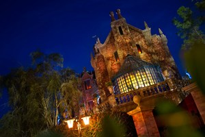 Top WDW Attractions To Hide Out From The Florida Rain At All 4 Theme Parks 112