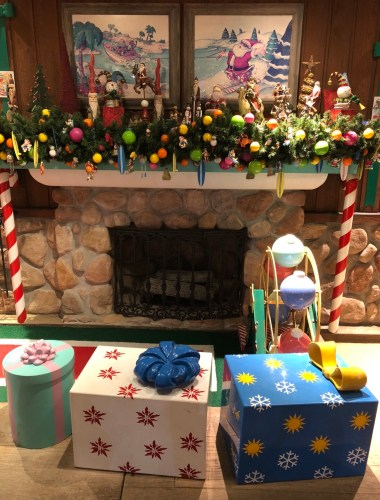 Winter Summerland: A Christmas Themed Mini Golf Course at Disney World 3