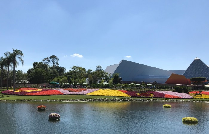 Can Disney Dining Plan Credits be Used at Epcot Festivals? 6