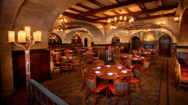 What Restaurants at Disney World Cost 2 Dining Credits? 9