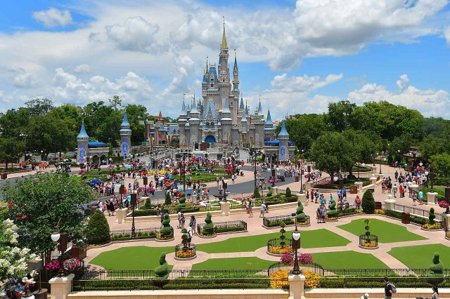 How to Plan a Virtual Disney Park Day 1