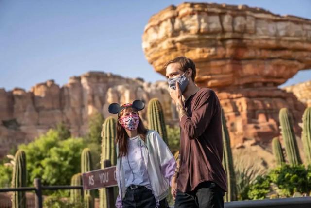 Tips for Visiting Disneyland Kid-Free! 3