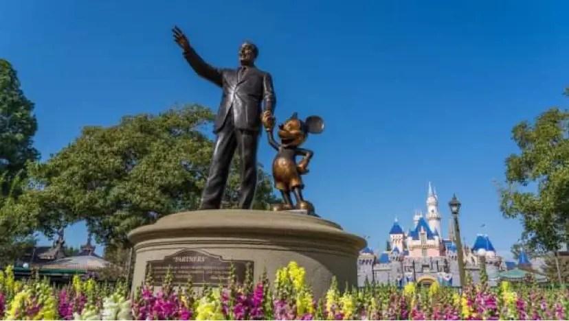 Full List Of Restaurants Reopening At Disneyland So Far