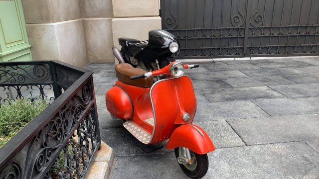 Chef Skinner's scooter