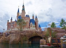 Guide Visiting Shanghai Disneyland - Disney Work