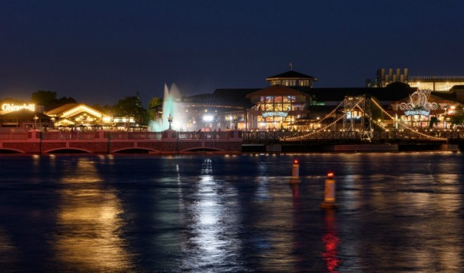 Disney World Without a Park ticket - Disney Springs is a great place to visit at day or night