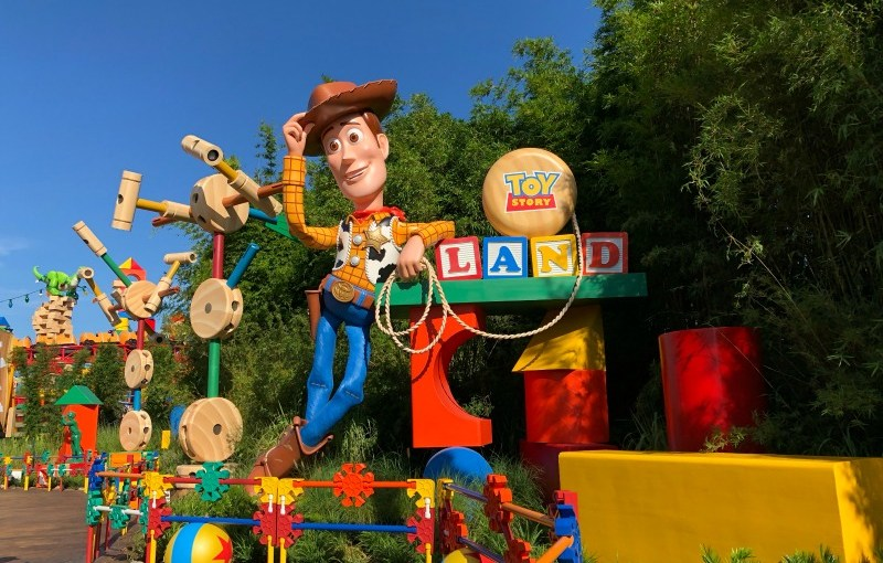toy story land entrance woody - Toy Story Christmas Special