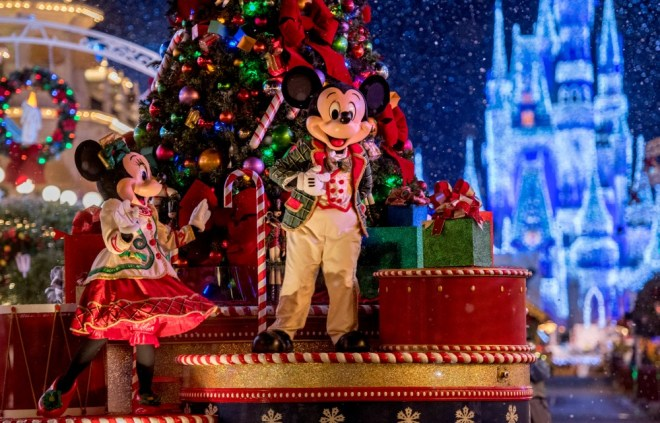 Mickey Very Merry Christmas Party Mickey in Parade