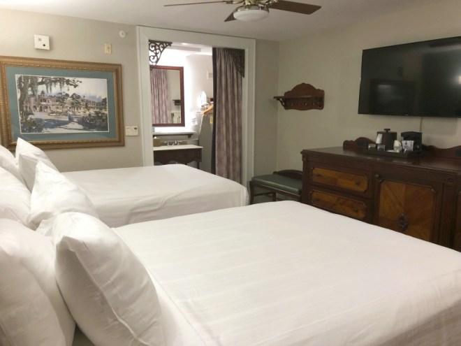 Port Orleans French Quarter and Riverside Resort Review and Tips - French Quarter Bedroom and Bathroom