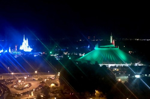 Magic Kingdom - Top of the World Disney