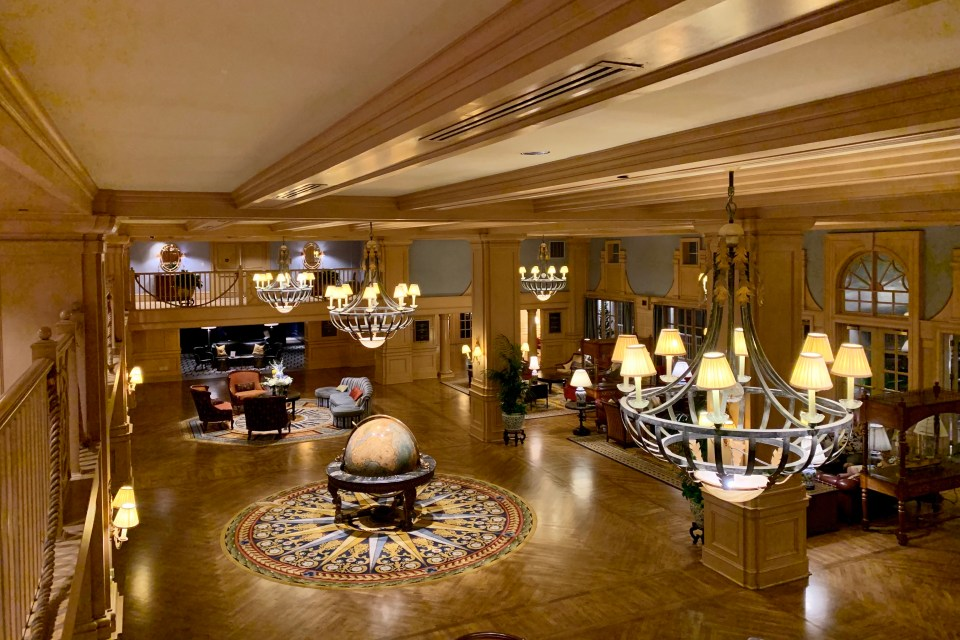 Yacht Club Lobby - top 5 WDW