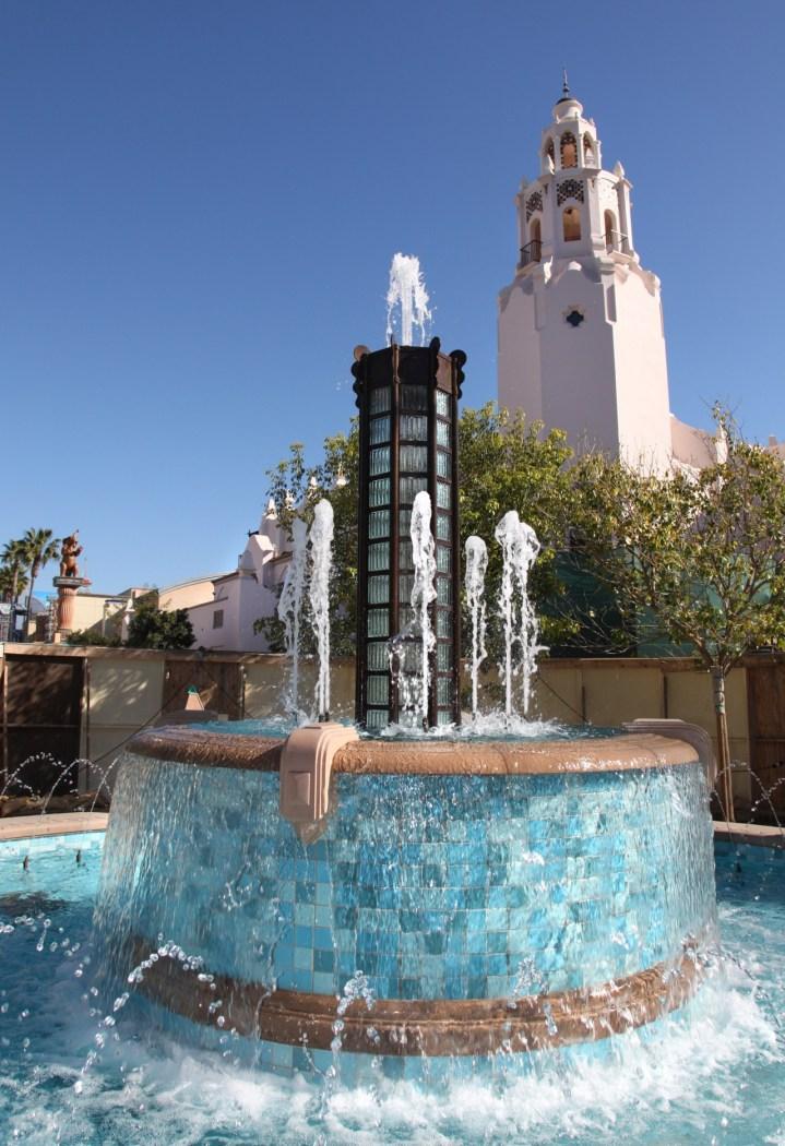 Carthay Circle Fountain Disney California Adventure