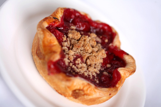 Flos V8 Cafe Cherry Pie