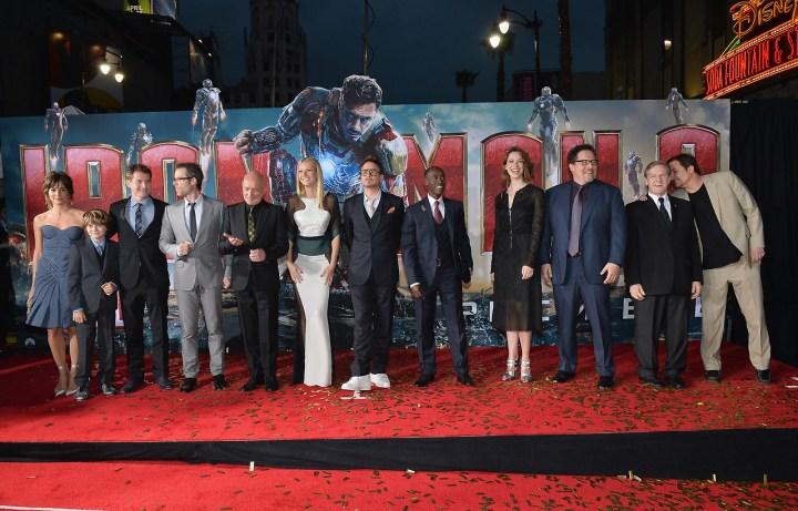 Iron Man 3 Cast Group Photo 2