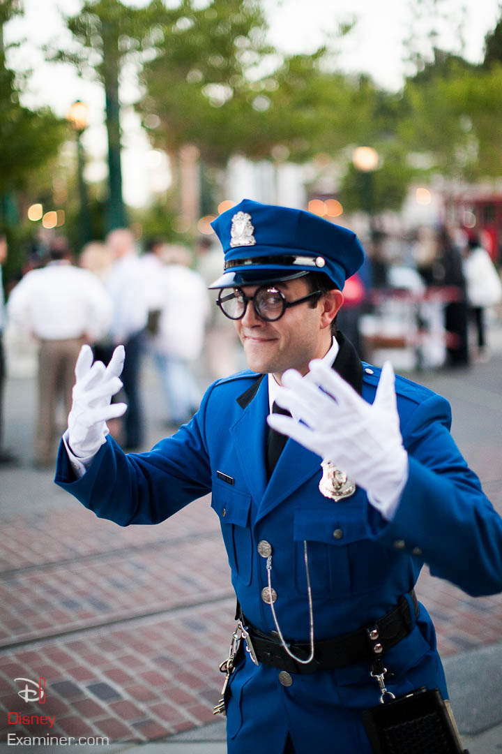 Disney California Adventure Grand Reopening Disneyexaminer Coverage Day 2 Buena Officer Blue