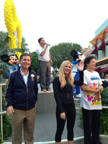 2013 Disneyland Choc Walk In The Park With Disneyexaminer Michael Colglazier Caroline Sunshine Mickey Mouse
